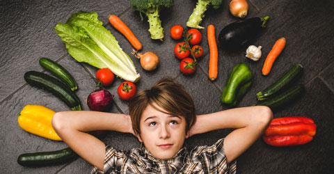 7 Tips to Get Your Kids to Eat More Veggies