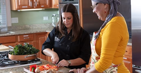 Wellness House Nutrition Programs Encourage Plant-Based Eating for Cancer Patients